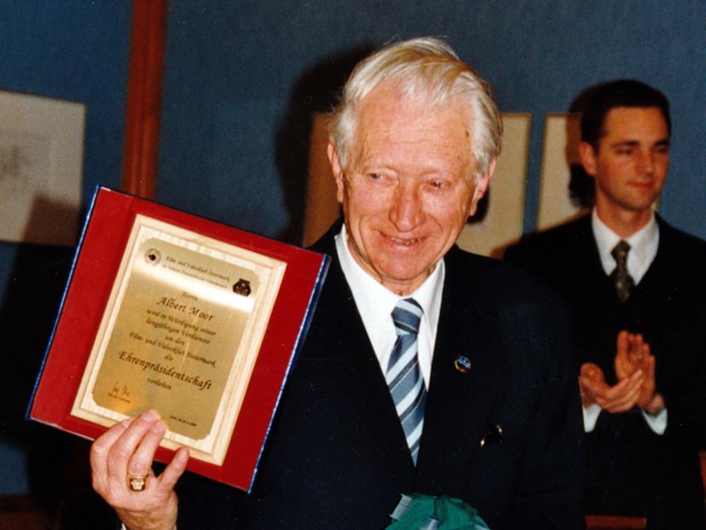 Ehrenpräsident Albert Moor 2001